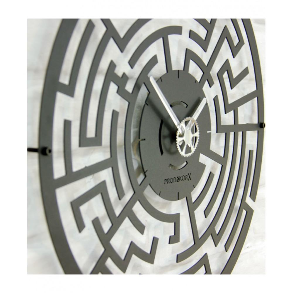 Metal Saat - Labyrinth
